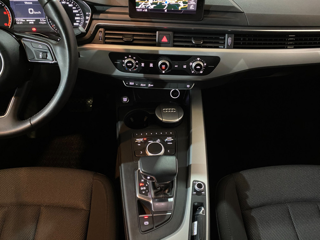 "AUDI A5 SPORTBACK 2.0 TDI S TRONIC 7 LLANTA 18"" 150CV"